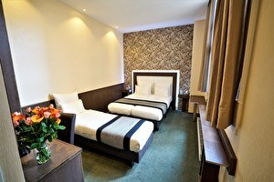 Boutique Triple  Room